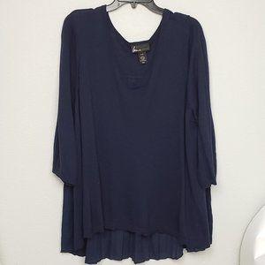 Lane Bryant Navy high low sweater size 26/28